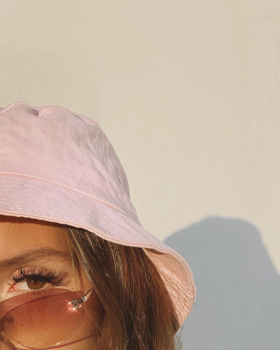 Emma Rose hinaus Instagram: CHANEL OFFICIAL ????????  ???? # fashioninthe9