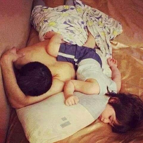 Dady and son! So cute!