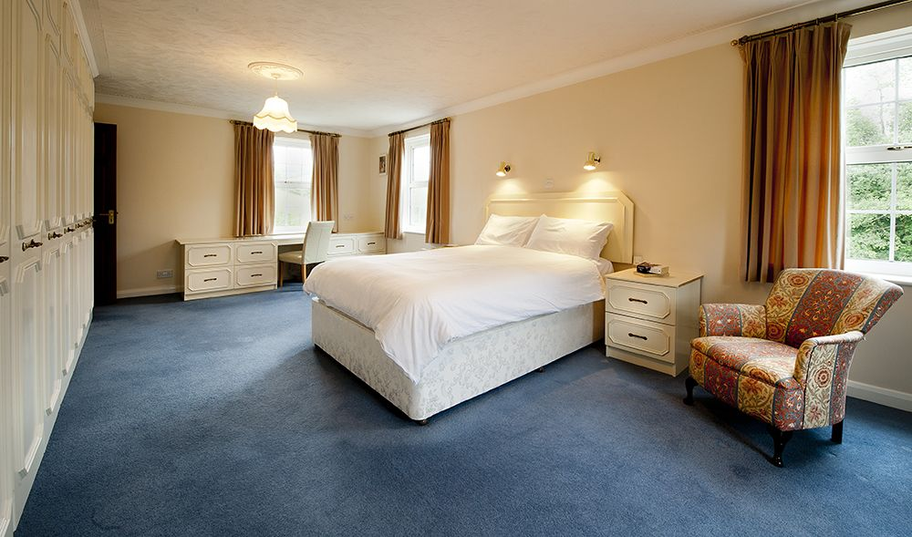 Best Large Main Bedroom At Kentisbury House Bedroom With 400 x 300