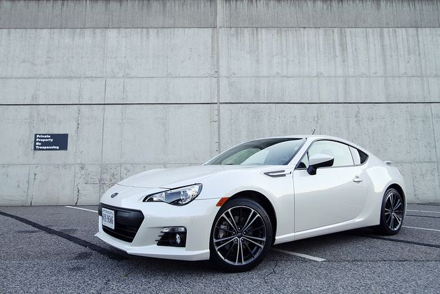 Subaru Brz If I Decide To Buy A New Vehicle A Car This Might Be It I Am A Suv Girl Not Sure Subaru Brz Car Subaru