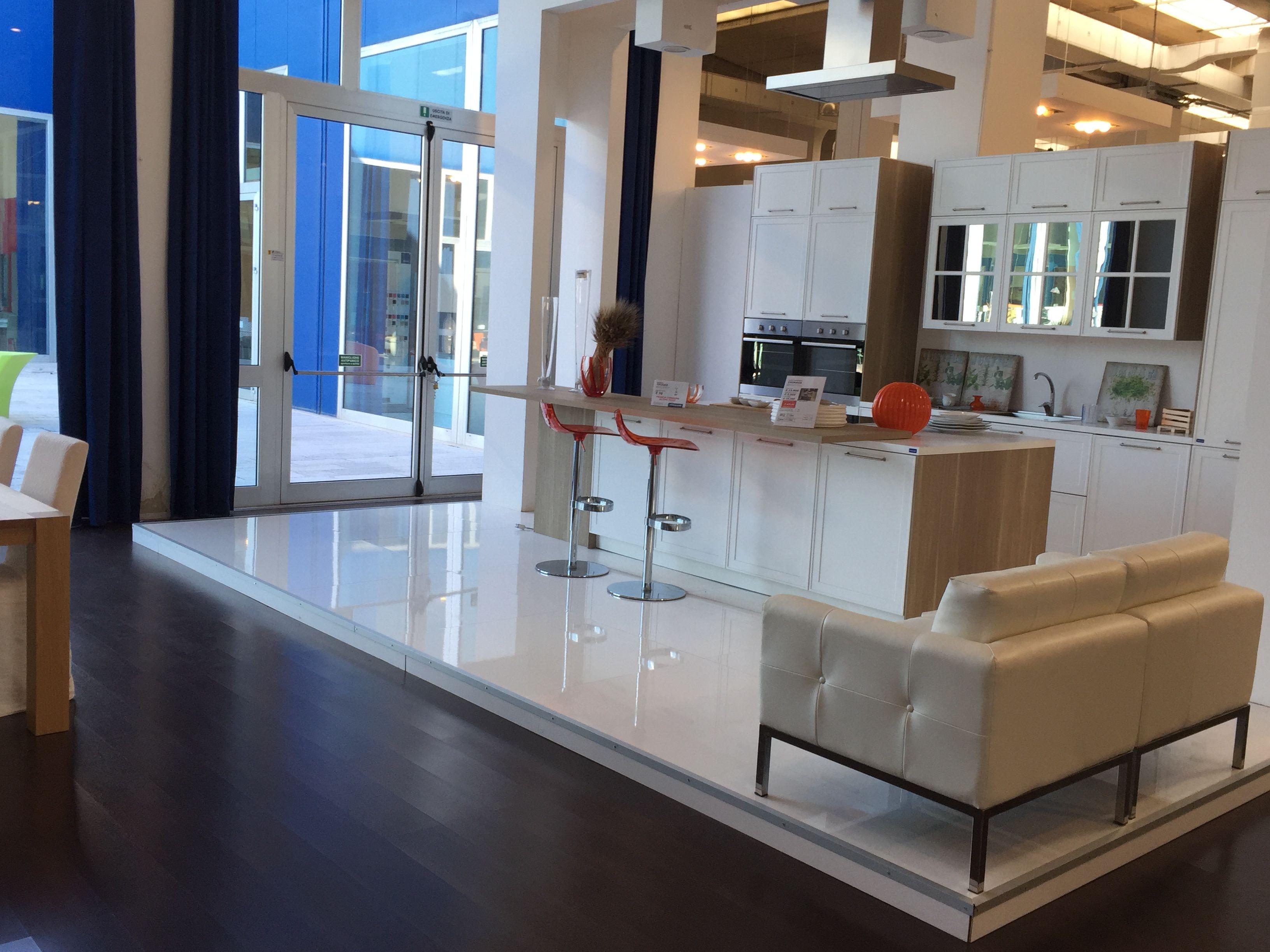 Chiarelli Center Arredamenti - Bari (Modugno) divani, cucine ...