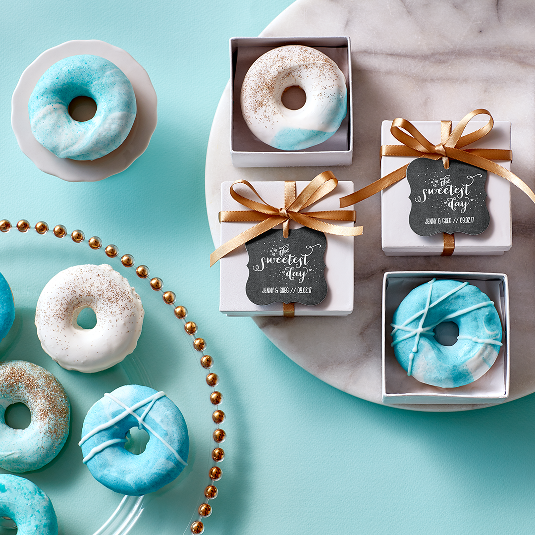Coordinated to the very last drop. Create custom gift tags to match back to all of your favors.