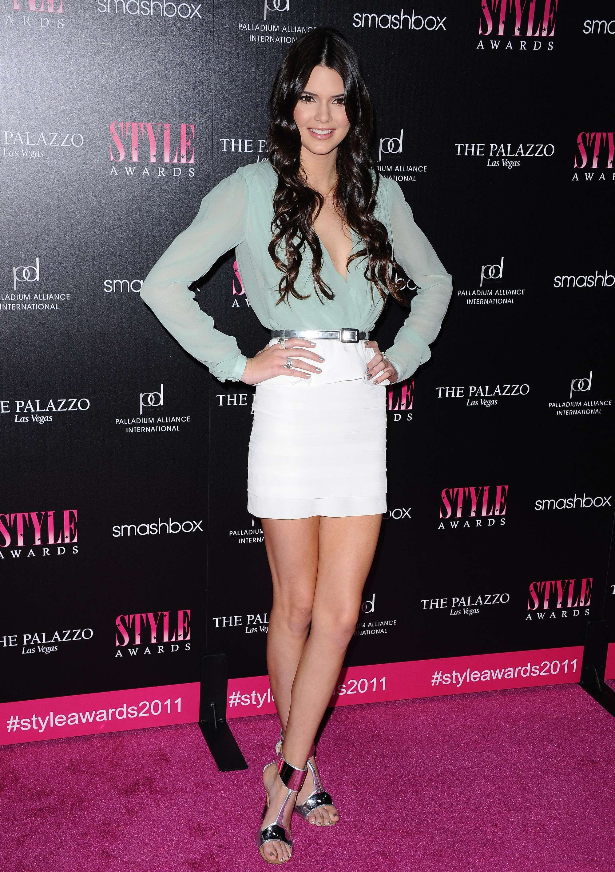 Kendall in style awards kendall nicole jenner pinterest models