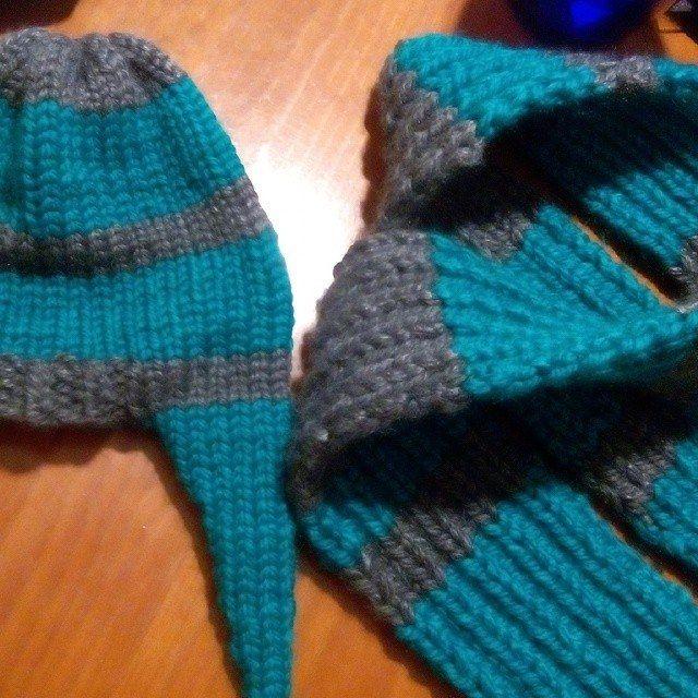 Gorro con orejeras y bufanda tejidos en telar por Elena M. | Ear ...