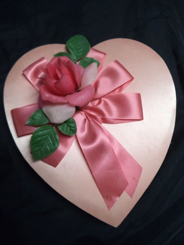 VINTAGE RUSSELL STOVER VALENTINE\'S DAY ROSE PINK SATIN HEART ...