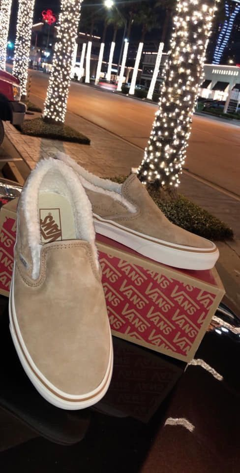 Vans   Sneakers fashion, Girls shoes