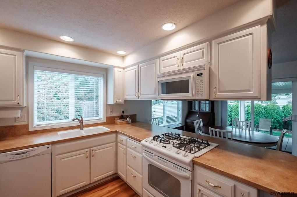 5214 Mallard Cl Sw Albany Or 97321 Decorating Kitchen Cabinets