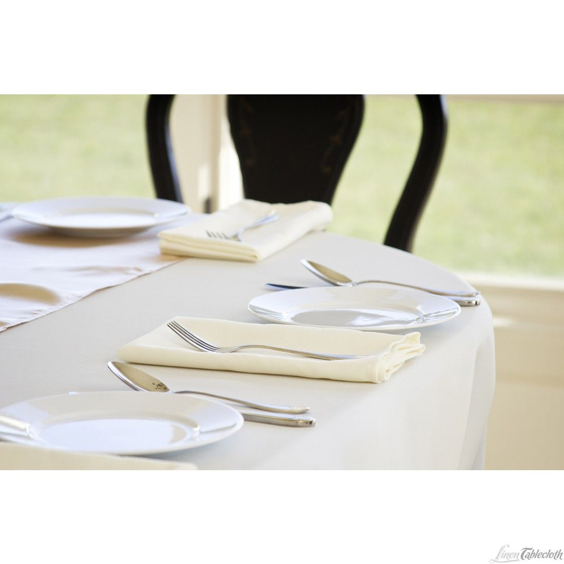 Swell White Tablecloth With Ivory Napkins Google Search Interior Design Ideas Oxytryabchikinfo