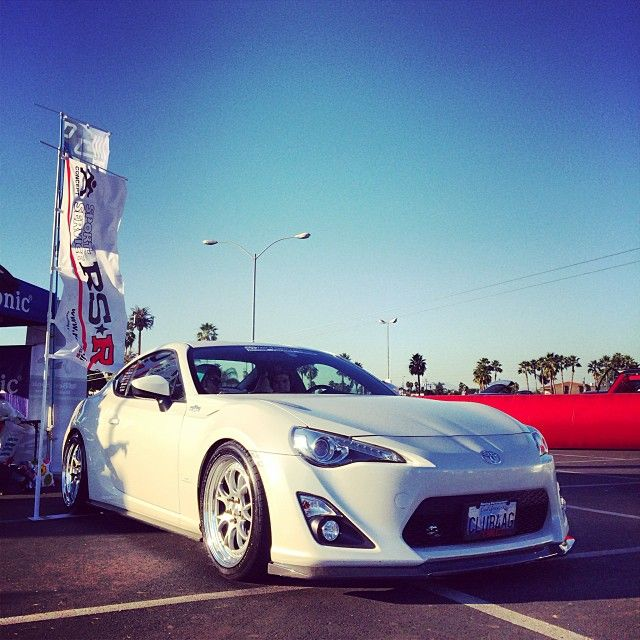 """@Super Street's photo: """"Hanging with @Deanna Stevens for Scion Night at Knotts Scary Farm! #superstreet #scion #garagefrs photo by chief editor @Jonathan Wong"""""""