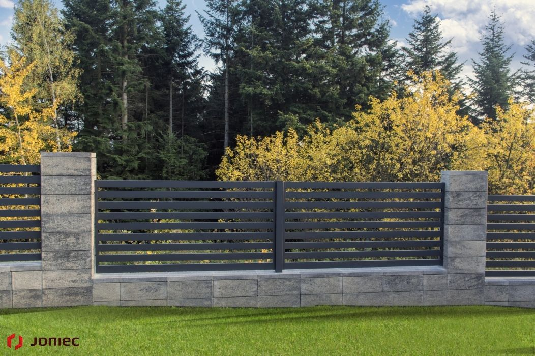 Modular Fence System Roma Classic Concrete Fences Producer Of Fences Posts Blocks And Hollow In 2020 Concrete Fence Metal Garden Gates Modern Garden Landscaping