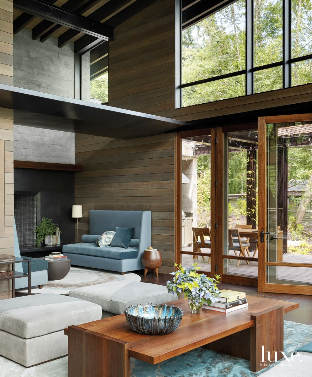 In A Pacific Northwest Home Natural Beauty And Architectural Details Triumph To Create A Dream Retreat Luxe Interiors Design In 2020 Northwest Interior Design Pacific Northwest Style Interior Architecture Design