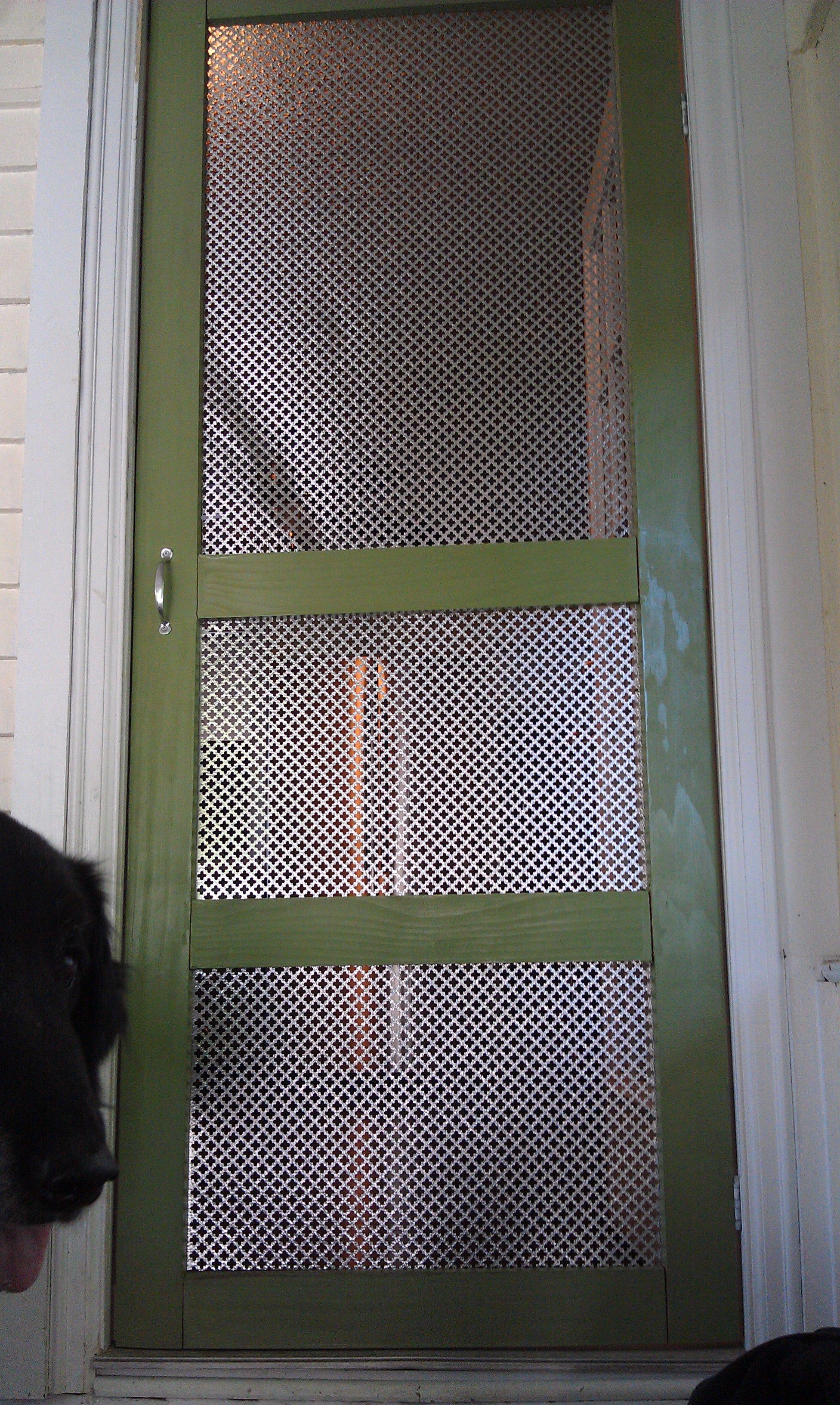 My updated screen doorcat and puppy proof diy screen