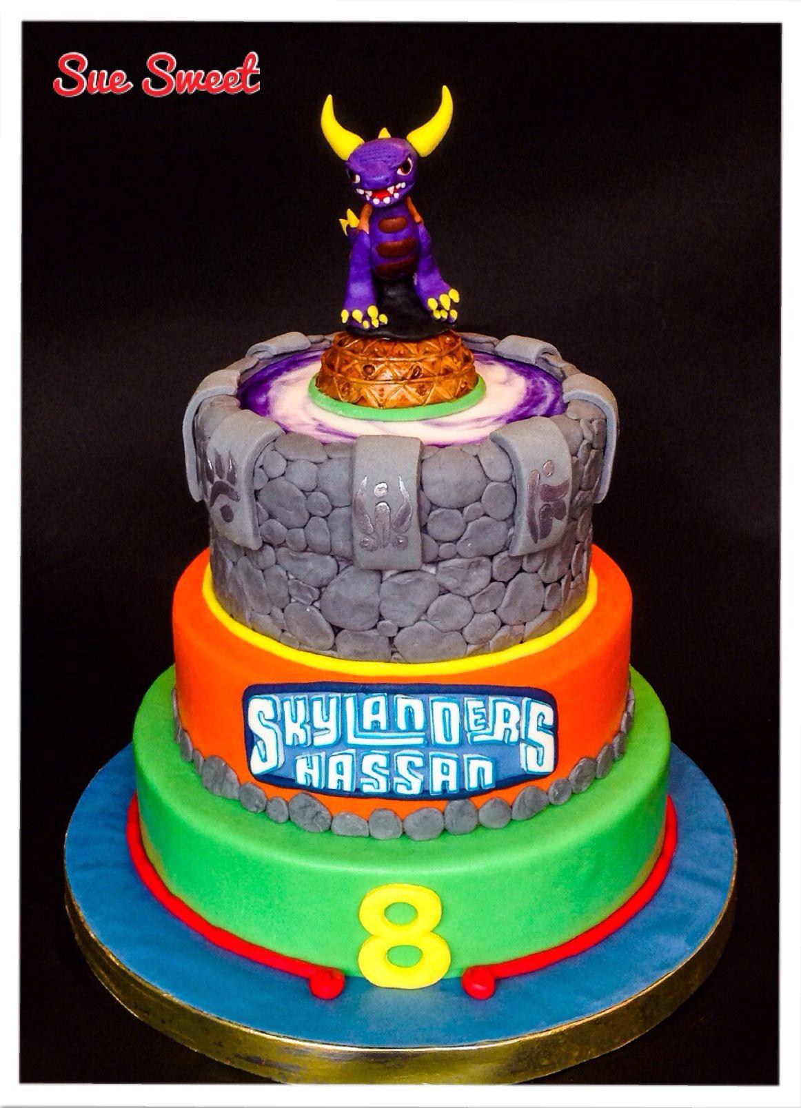 SkyLanders cake Character cakes Pinterest Skylanders Cake and