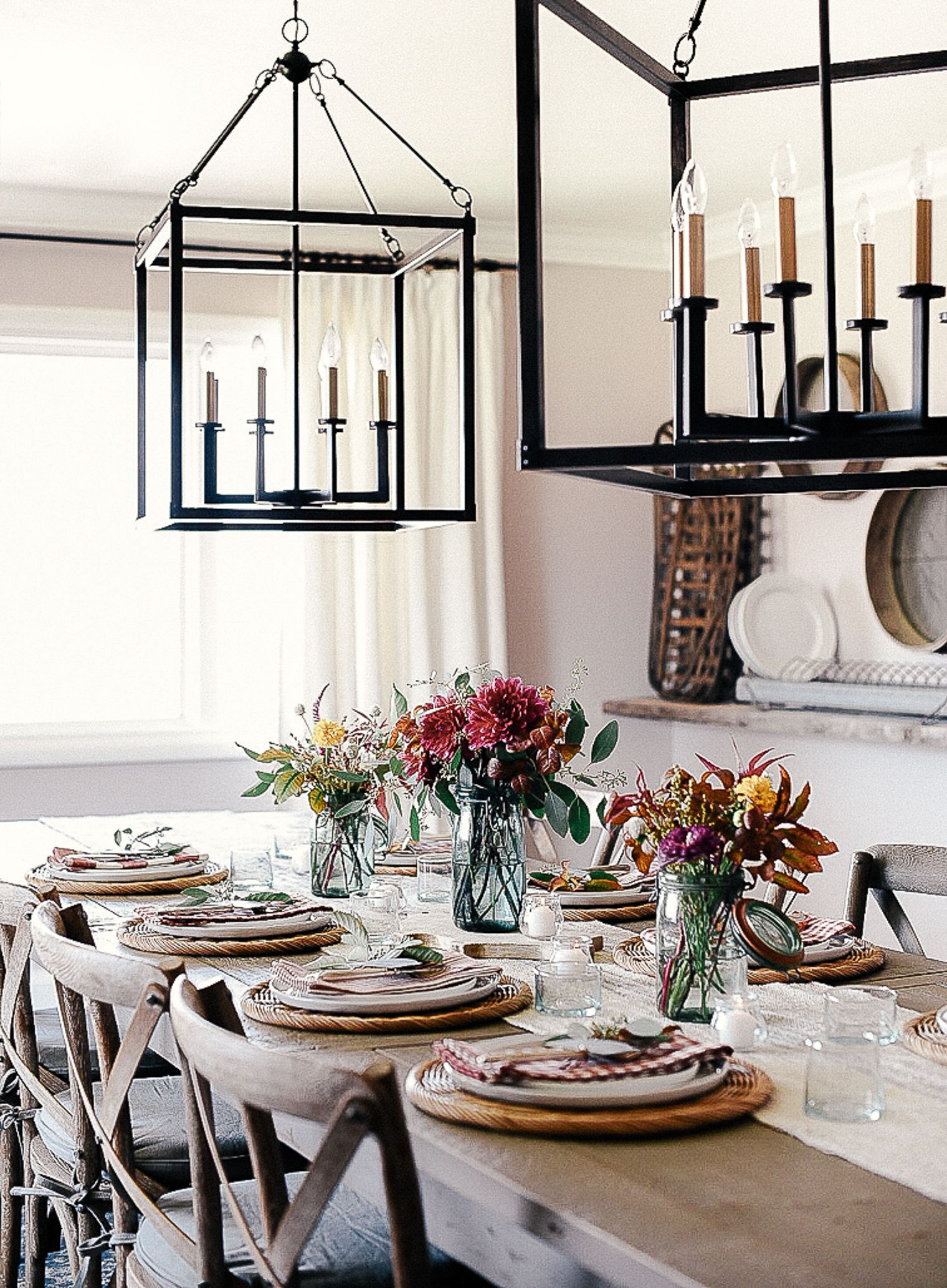 15 simple elegant fall tablescapes thanksgiving table on favorite diy fall decorating ideas add life to your home id=62345