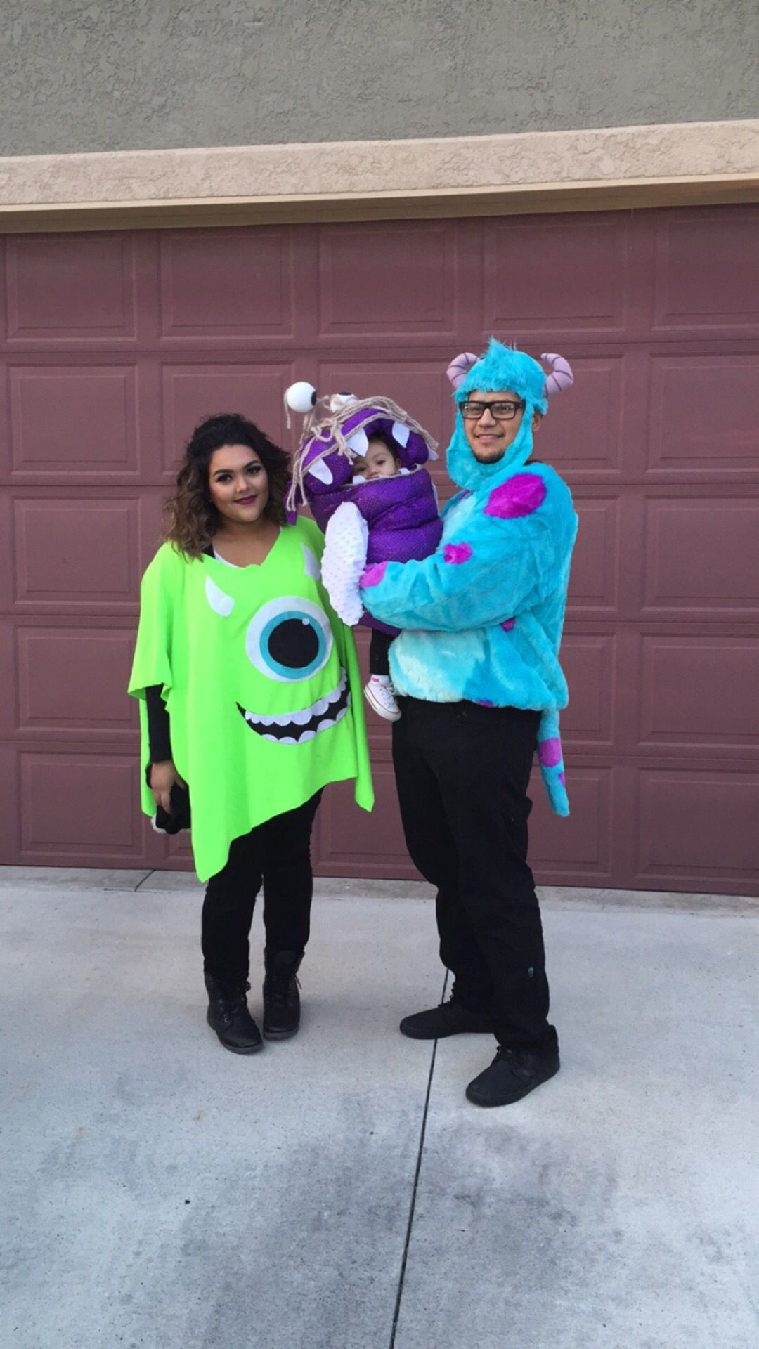 monsters inc. family haloween costumes! | halloween in 2018