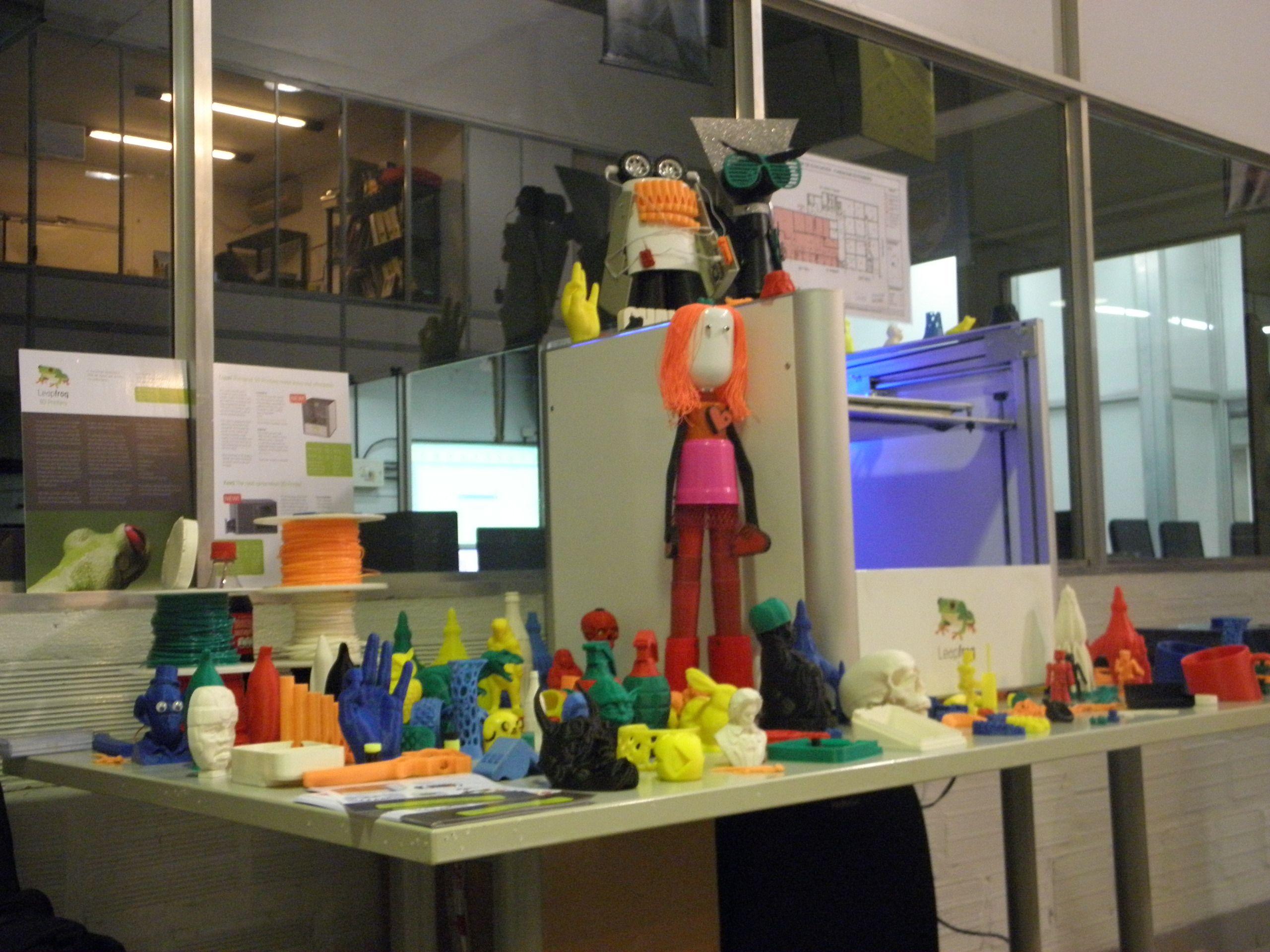 Presentamos las Impresoras 3d en la Fundacion Gutenberg.