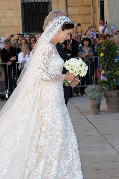 Princess Claire Of Luxembourg Is Picture Perfect In Elie Saab Wedding Gown Hochzeit Hochzeitskleid Braut