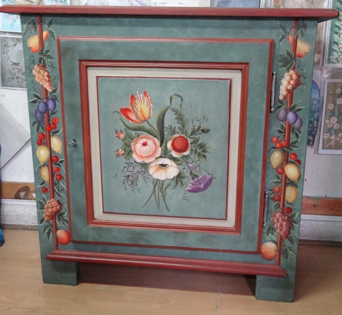 Meuble peint sur commande meubles peints pinterest for Peinture meuble ancien
