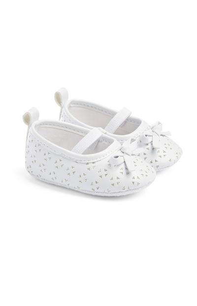 Baby Girl White Shoes | White shoes for girls, Boys tan ...