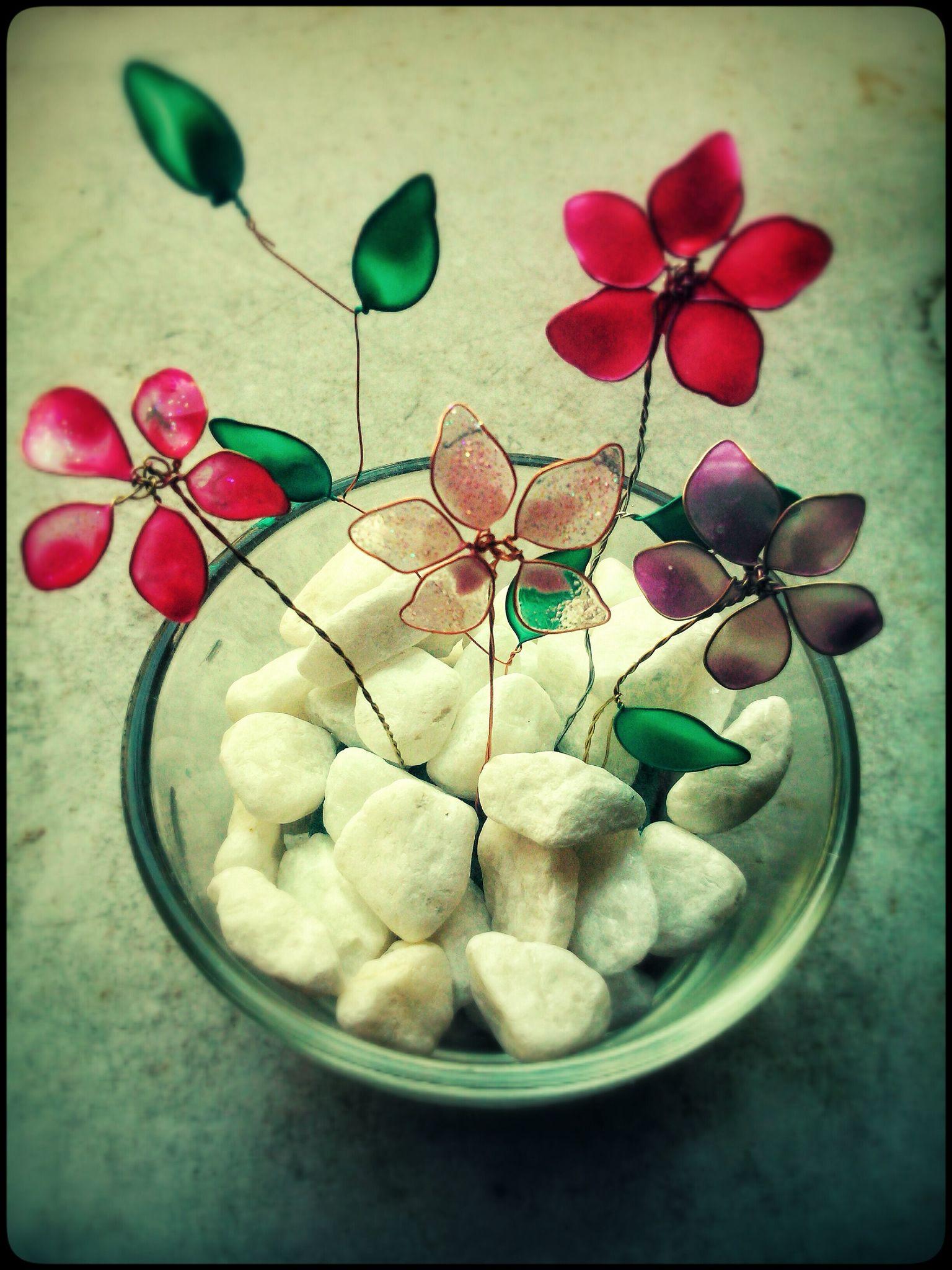 Flores de alambre de cobre y esmalte de uñas | Manualidades Nona ...