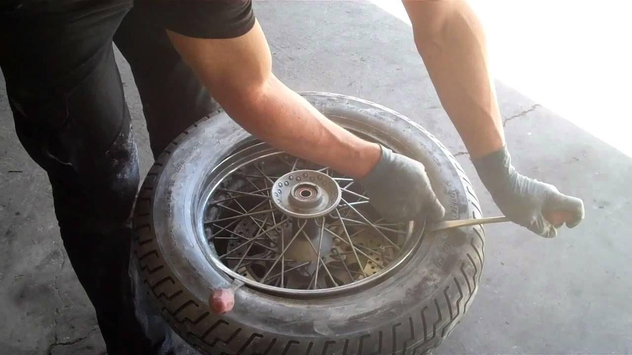 How to mount and balance a street motorcycle tire