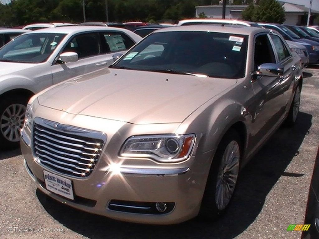 Cashmere pearl chrysler 300