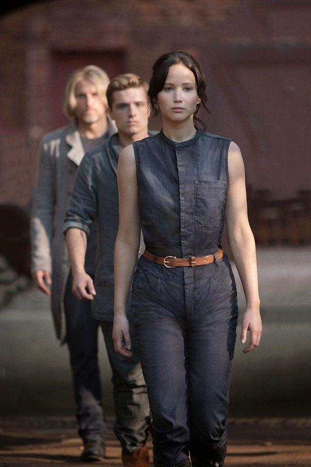 Katniss peeta hamitch | Hunger games fashion, Hunger games ...