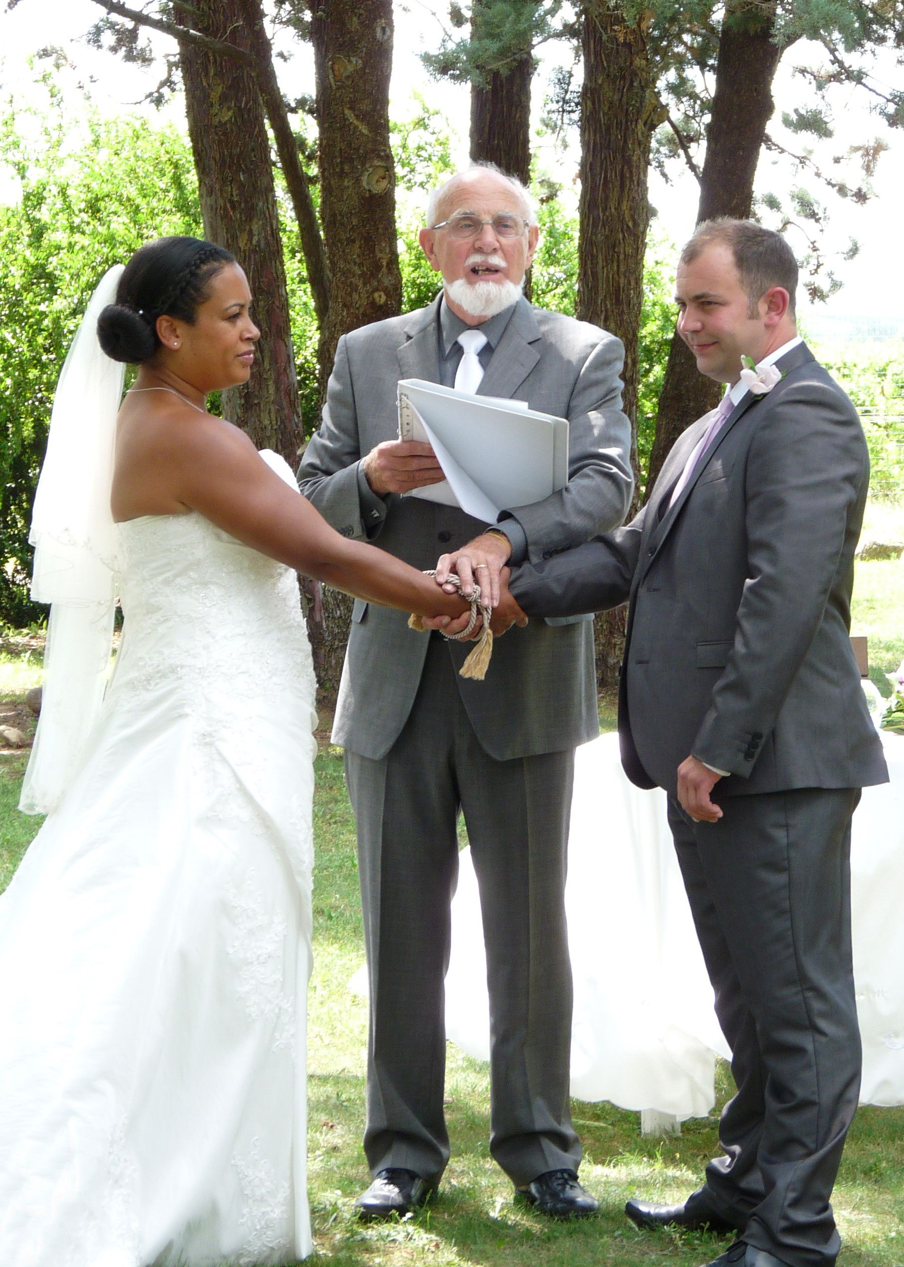 Family Ceremony At Le Moulin Neuf De Russan Gard France Tying The Knot