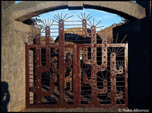 Puerta Del Jardin De Cactus En Lanzarote Obra De Cesar Manrique