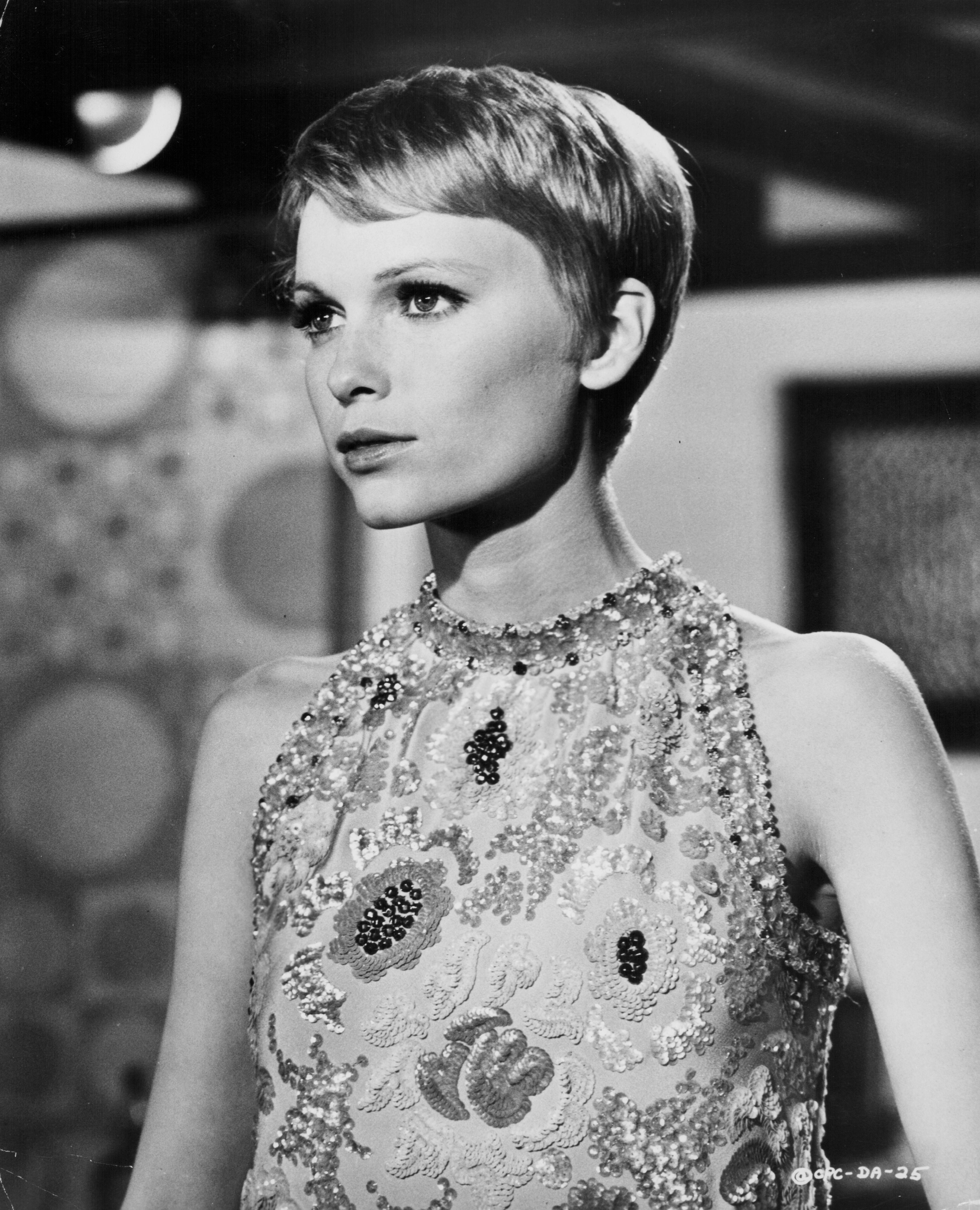 mia farrow haircut