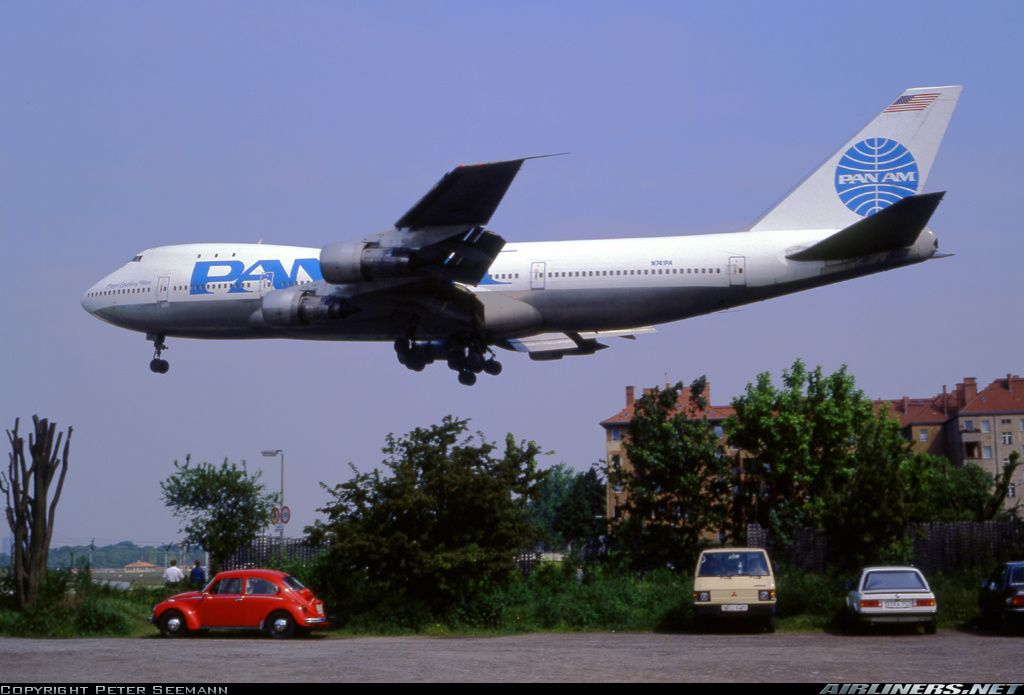 Pan Am Boeing 747-121 aircraft