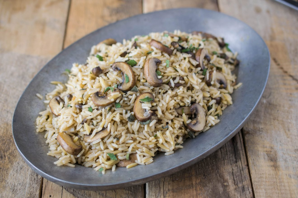 Mushroom and Sage Rice Pilaf is an earthy and perfectly seasonal side dish full of fall flavors. This dish is quick and easy to make and will become your new favorite rice dish. #ricepilaf #mushroom #sage #easyricepilaf Mushroom and Sage Rice Pilaf is an earthy and perfectly seasonal side dish full of fall flavors. This dish is quick and easy to make and will become your new favorite rice dish. #ricepilaf #mushroom #sage #easyricepilaf Mushroom and Sage Rice Pilaf is an earthy and perfectly se #easyricepilaf