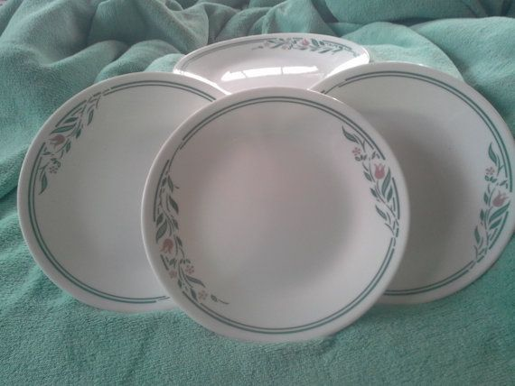 Four Corning Corelle Rosemarie pattern plates Discontinued | Mönster