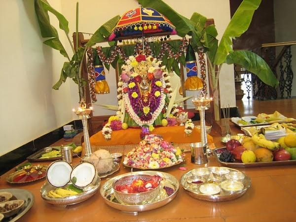 Varalakshmi Pooja Img Pooja Decoration Pinterest Decoration Puja Room And Smart