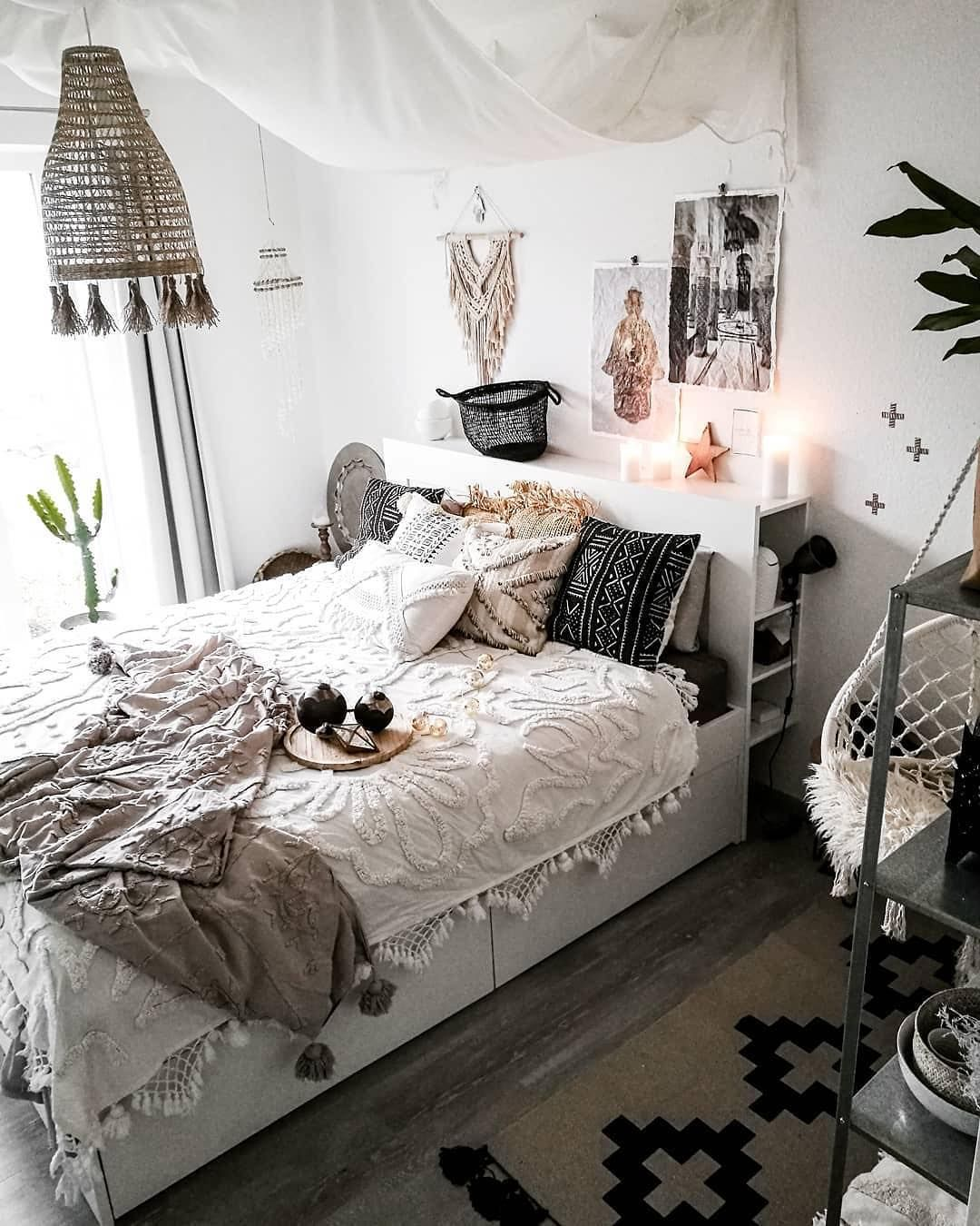 Modern Chic Bedroom White Textured Feature Wall Elements Of Grey