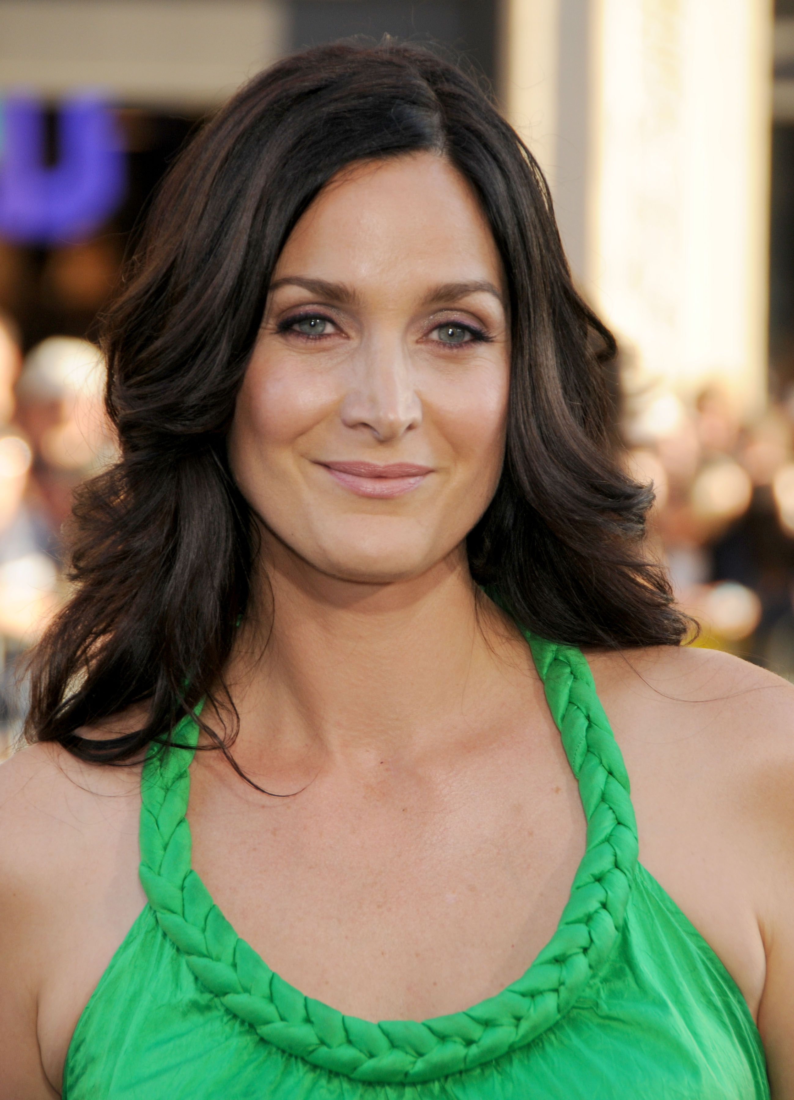 Carrie-Anne Moss Nude Photos 83