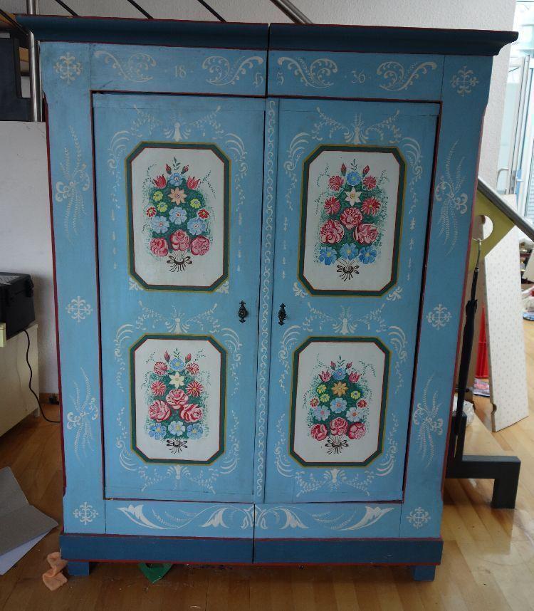 antiker kleiner Schrank Kleiderschrank Bauernschrank | eBay ...