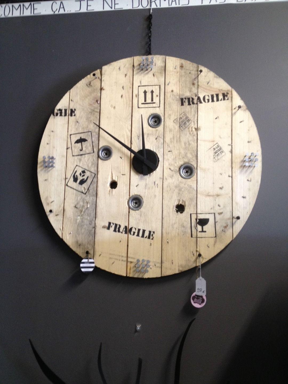 """Bois De Recuperation Decoration horloge """"caisse"""" en bois de récupération 80 cm diamètre"""