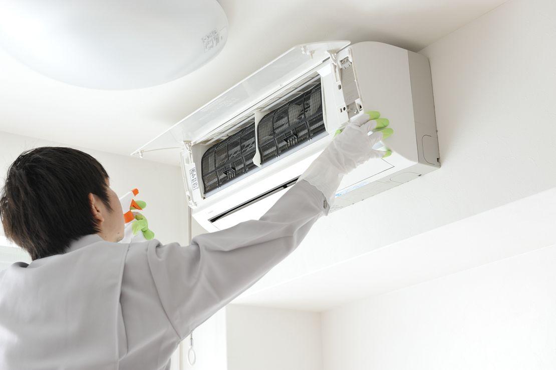 エアコンのカビを掃除 フィルターのカビ取りや防止する方法は