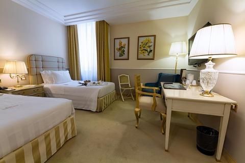 Hotel Deal Checker - Golden Tower Hotel Florence