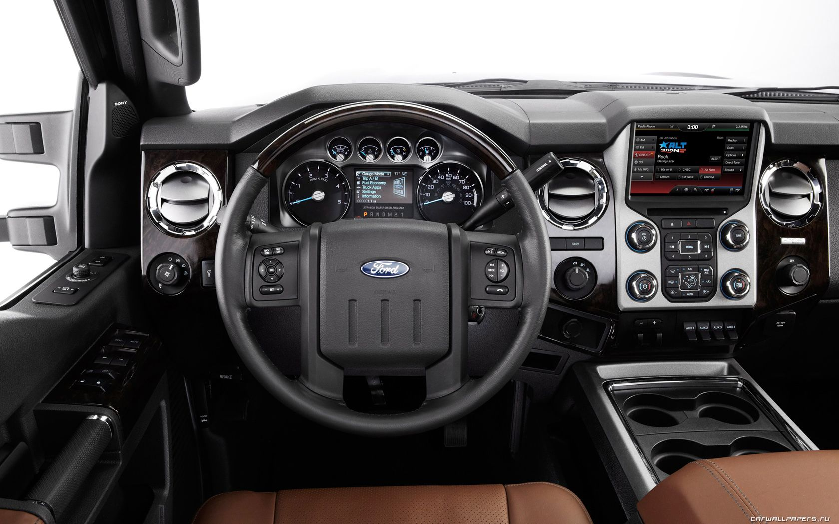 The Ford Super Duty Is A Line Of Trucks Over 8 500 Lb 3 900 Kg