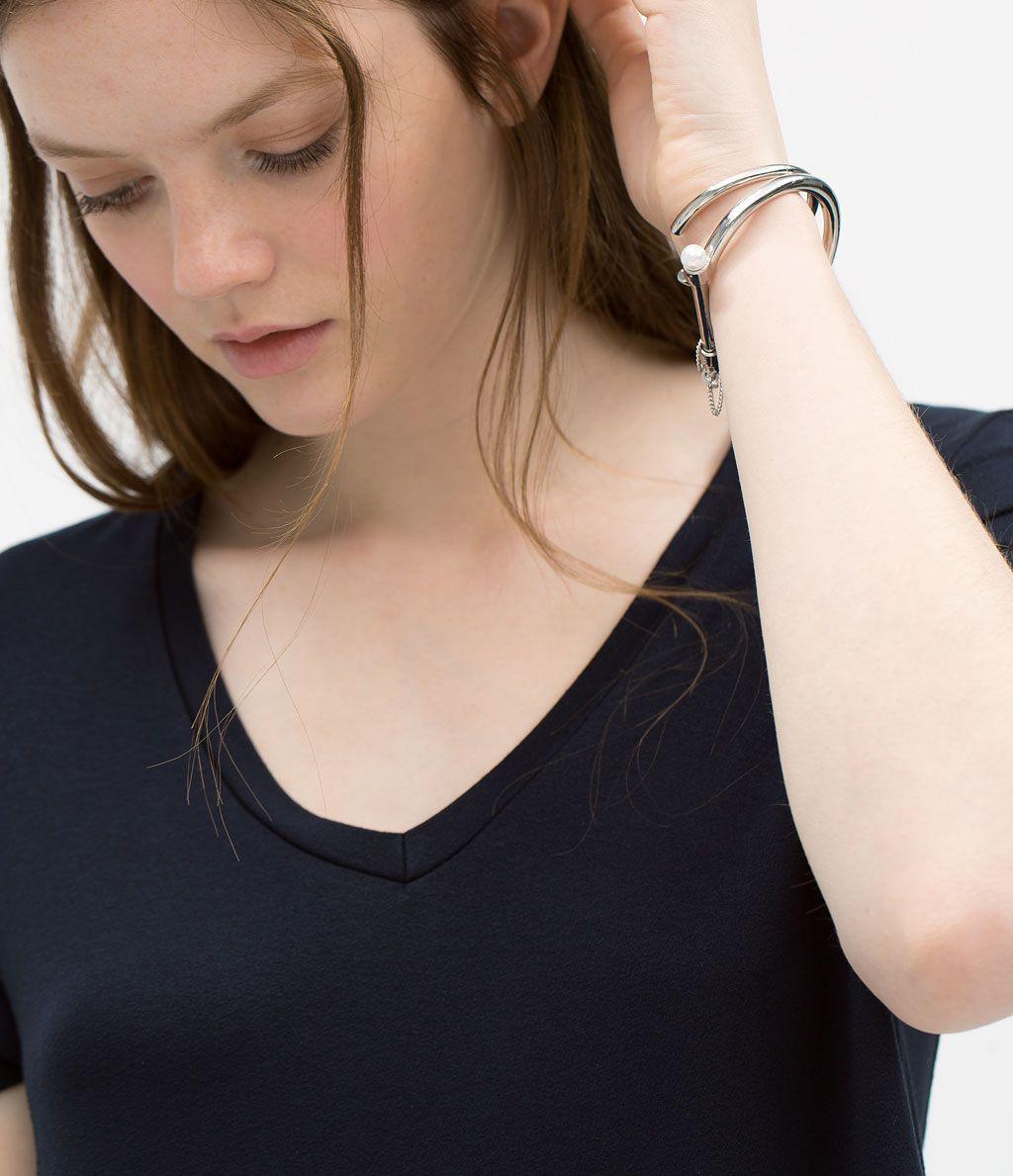 изображение 1 из БРАСЛЕТЫ С БУСИНАМИ-ЖЕМЧУЖИНАМИ от Zara