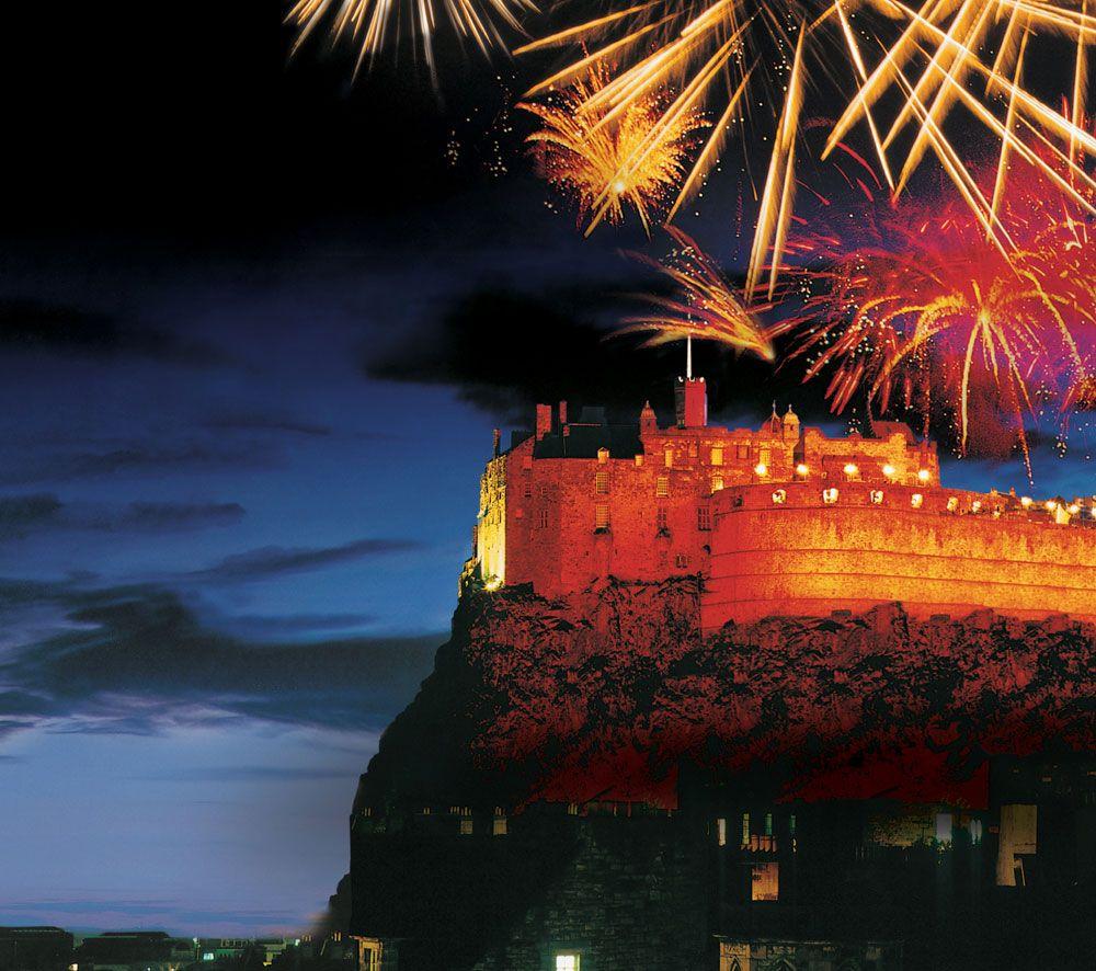 Edin Hogmanay Fireworks Edinburgh Castle Scotland Castles Edinburgh Hogmanay