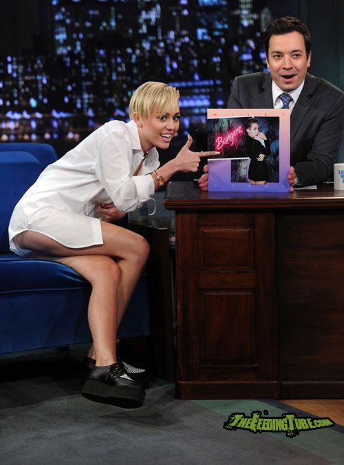 Miley Cyrus Panty Upskirt On Jimmy Kimmel