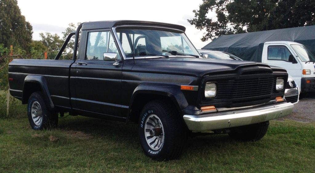 1980 Jeep J10 Pickup I Was Back In Texas In Mid Oct And Look What Followed Me Home Classic Jeeps Old Jeep Jeep