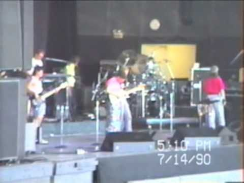 The Steve Miller Band - Swingtown (sound check before his show in 1990).