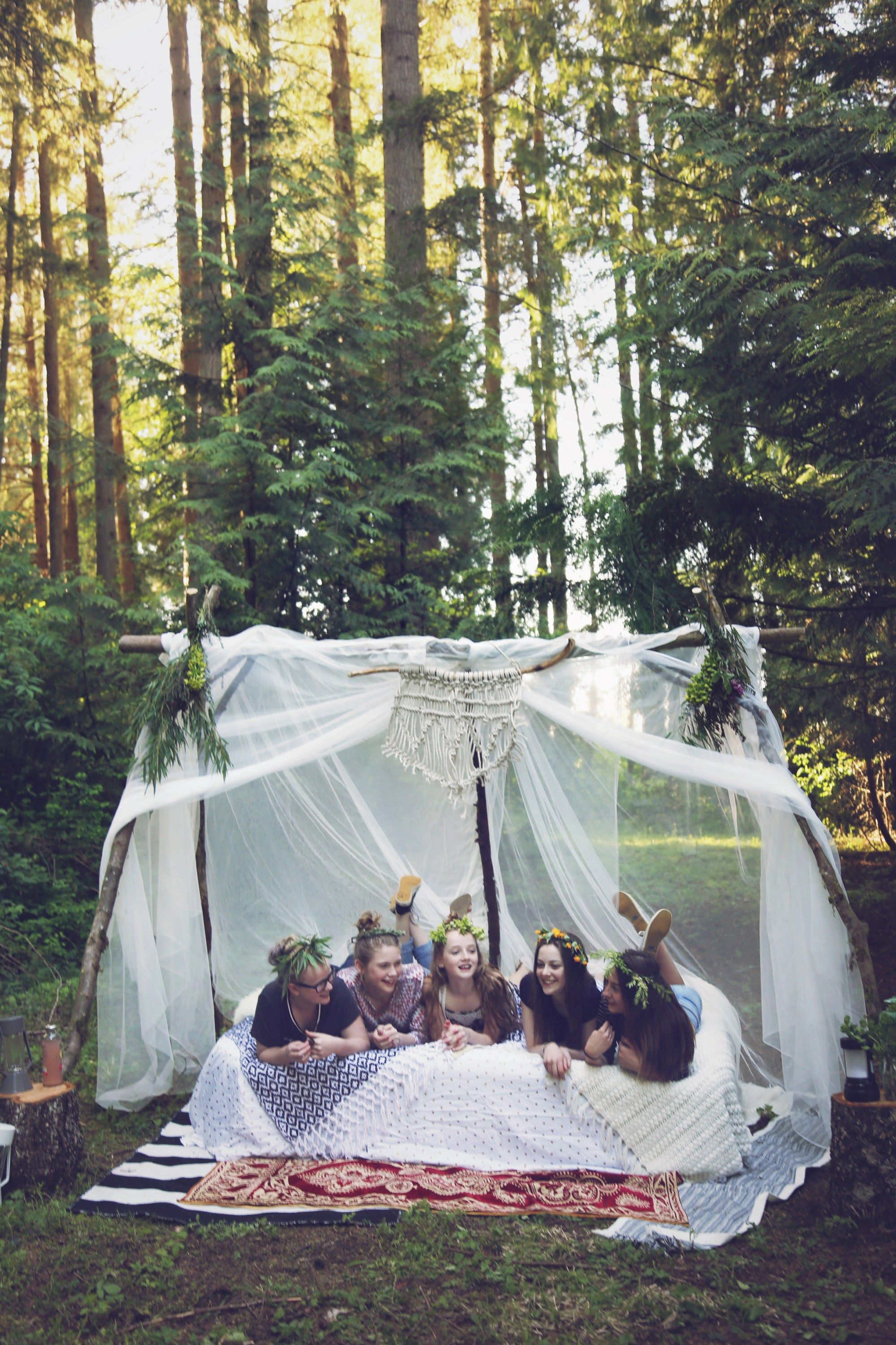 How to Throw a Festival Chic Boho Camping Party! Camping