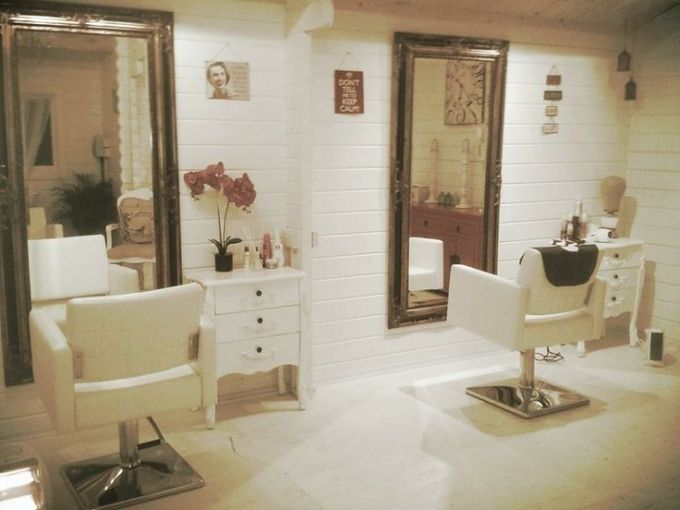 Astonishing Shabby Chic Beauty Salon Ideas Regarding Cool Log Cabin Hair Home Interior And Landscaping Ologienasavecom