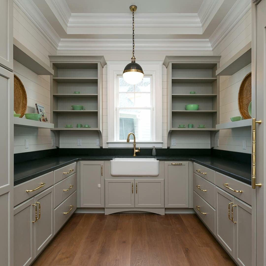 Gorgeous Butler S Pantry Lake House Kitchen Kitchen Inspirations Pantry Design