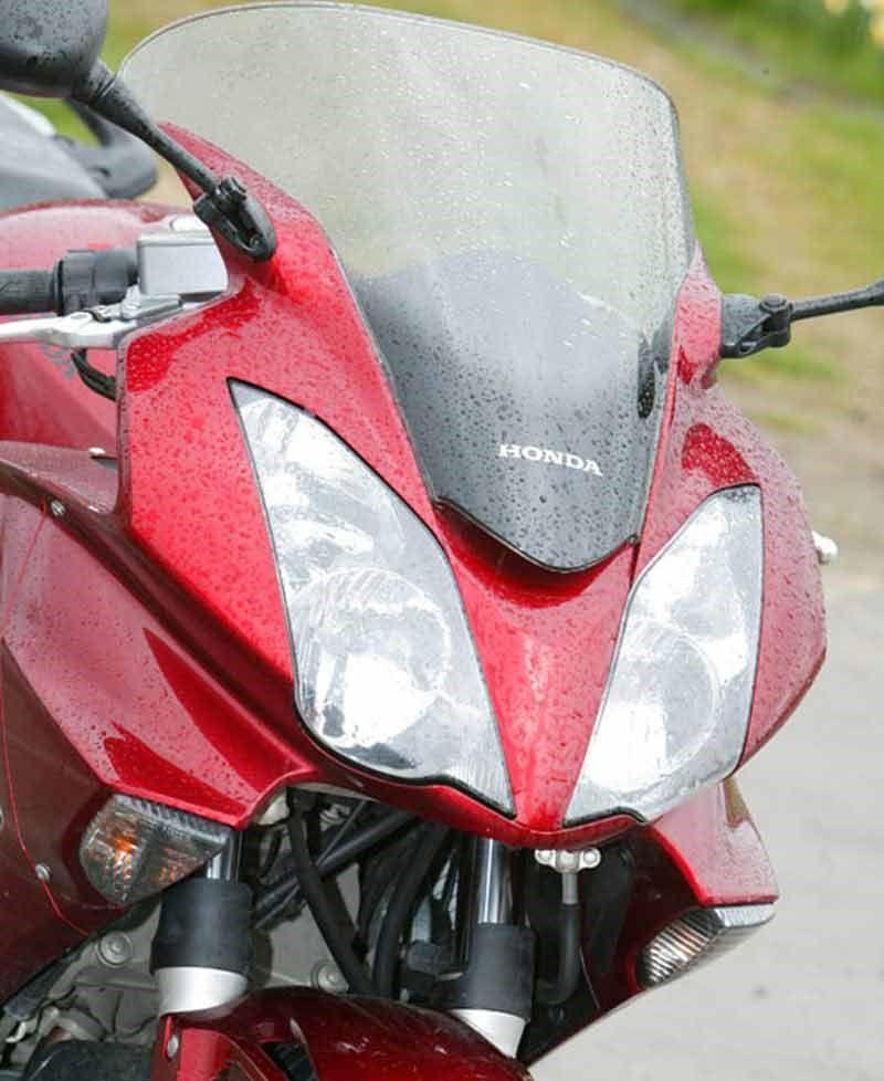Honda Vfr800 Vtec 2001 2012 Review Vtec Honda Bike Reviews